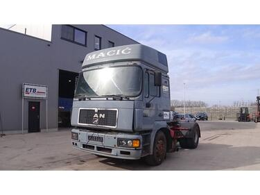 MAN19.403 (6 CYLINDER ENGINE WITH ZF-GEARBOX / EURO 2)