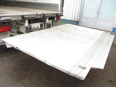 IvecoEurocargo 100 E 18 , Reefertruck , Manual , Sproing Suspension