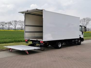 Iveco75E18 EUROCARGO eev 3 seats taillift