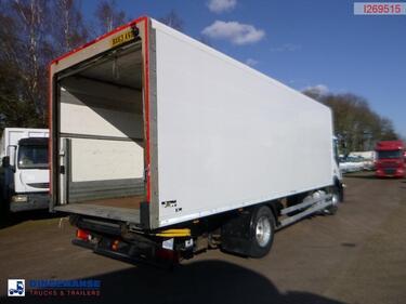 IvecoStralis AD190S31 4x2 RHD Euro 5 EEV closed box