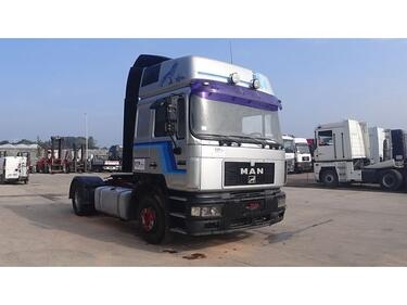 MAN19.463 F2000 (6 CYLINDER ENGINE WITH ZF-GEARBOX / EURO 2)