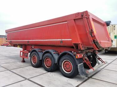 SchmitzSGF*S3 isolated 28m3 steel